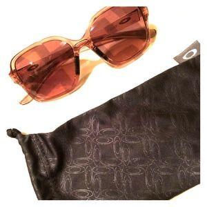80482e4e0ce Oakley Accessories - Oakley Rose Gold sunglasses